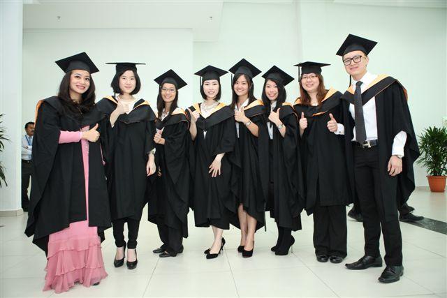 IMU Graduates