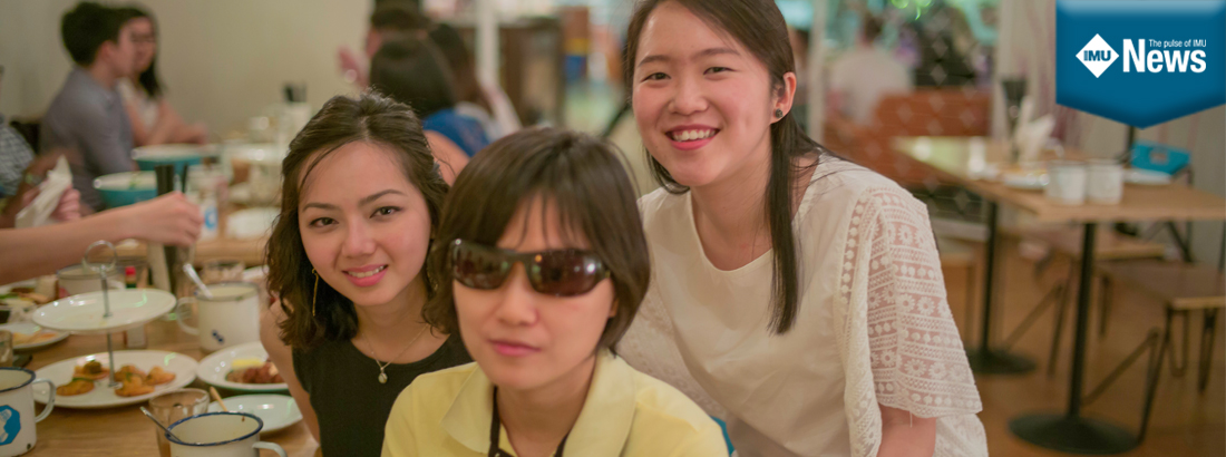 IMU Pharmacy Alumna, Shui Yee and her friends