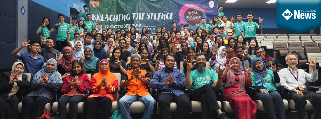 An enlightening workshop for IMU medical students, lecturers and Hospital Tuanku Ja'afar Emergency and Trauma Department's staff to learn sign language.