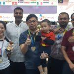 An IMU Alumni team shine in a bowling competition.