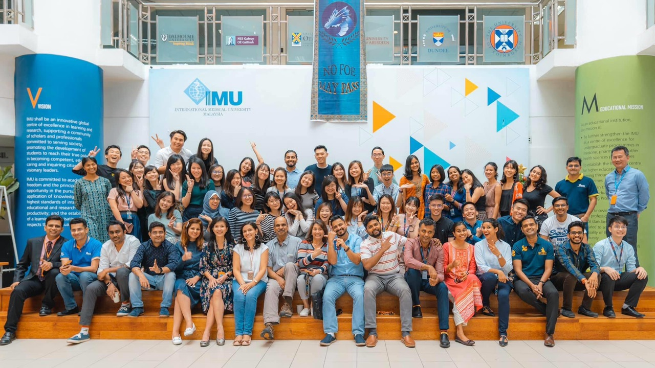 IMU School of Dentistry Class of 2020 on their final day of class.